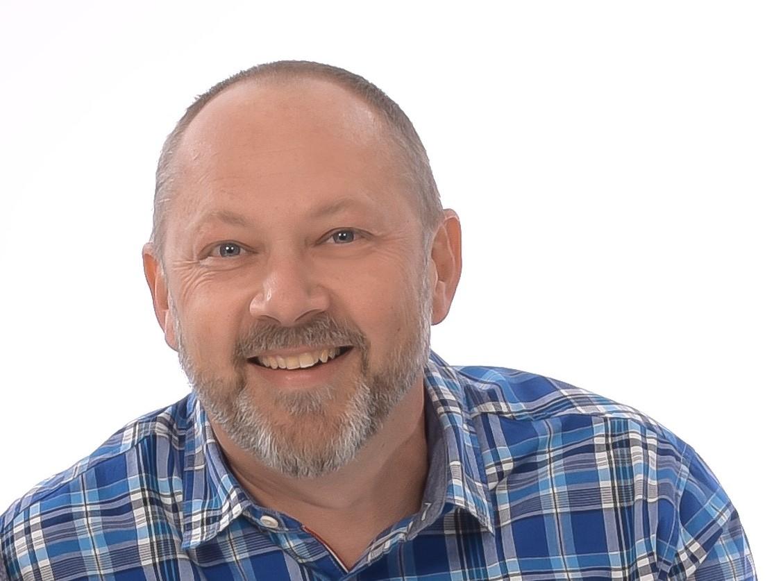 Herr Helmut Knoch hilft Ihnen bei allen Fragen rund um Ihre Hausverwaltung gern weiter