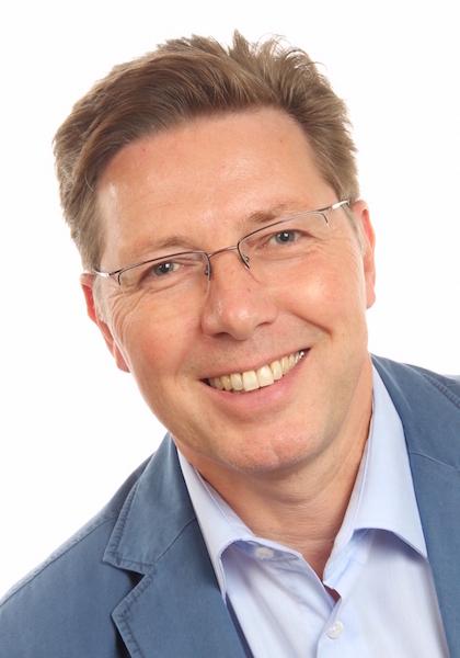 Herr René Nicol hilft Ihnen bei allen Fragen rund um Ihre Hausverwaltung gern weiter